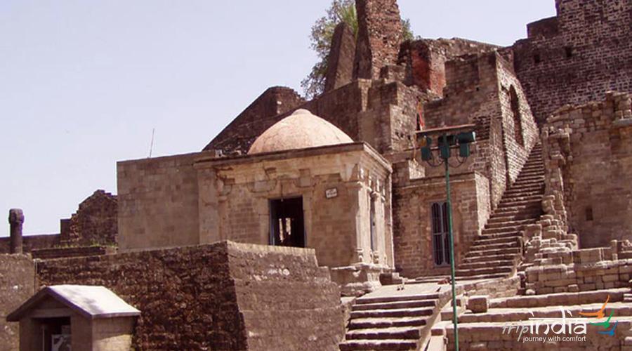 Ruined Fort, Shimla